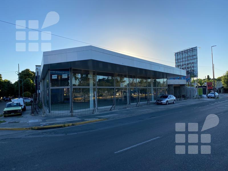 Foto Local en Alquiler en  Manuel B Gonnet,  La Plata  Centenario y 502