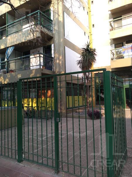 Foto Departamento en Alquiler    en  Nueva Cordoba,  Capital  Pasaje España 1439 10º F Monoambiente
