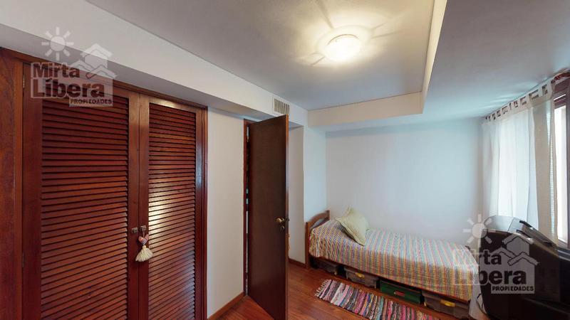 Foto Casa en Venta en  La Plata,  La Plata  Boulevard 83 entre 35 y 36
