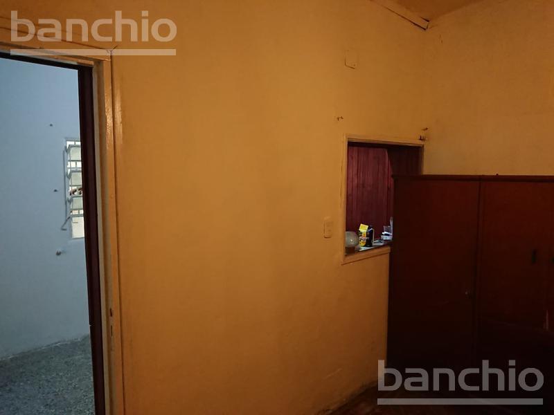 JUNIN al 300, Rosario, Santa Fe. Alquiler de Departamento de Pasillo - Banchio Propiedades. Inmobiliaria en Rosario