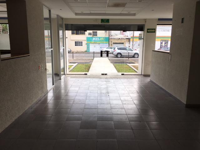 Foto Local en Renta en  Ignacio Zaragoza,  Veracruz  Av. 1° de Mayo # 1675 entre Blvd Manuel Avila Camacho y la calle Ignacio de la Llave, Veracruz, Ver