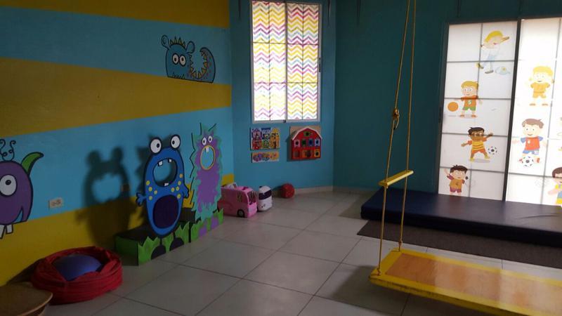 Foto Edificio Comercial en Venta en  El Pedregal,  San Pedro Sula  Edificio para oficina o escuela en El Pedregal