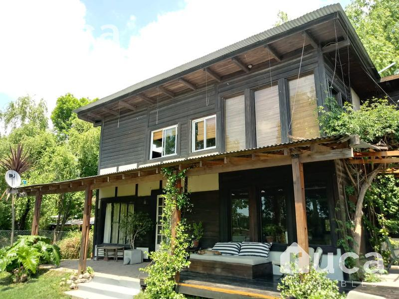 Foto Casa en Venta en  La Bota,  Ingeniero Maschwitz  VENTA | ENCANTADORA CASA de MADERA, JARDIN y PILETA