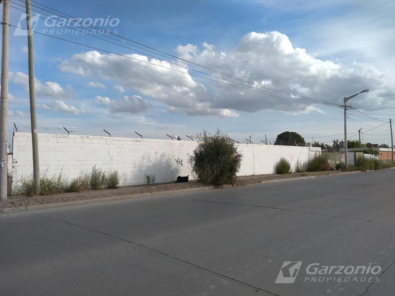Foto Terreno en Venta en  Trelew ,  Chubut  15 x 50 frente sobre 25 de Mayo al 2300