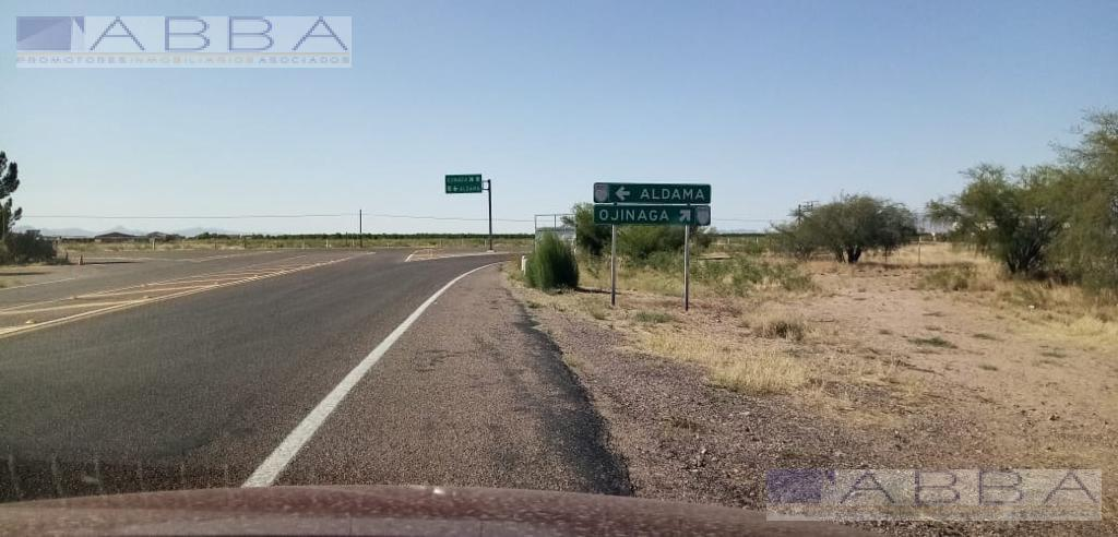 Foto Terreno en Venta en  Chihuahua ,  Chihuahua  Terreno comercial con Huerta Nogalera Km. 33, carretera a Ojinaga