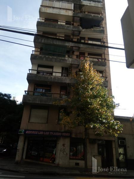 Foto Departamento en Alquiler en  Martin,  Rosario  BUENOS AIRES al 1500