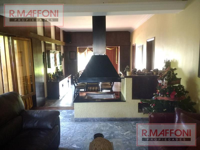 Foto Casa en Venta en  Adrogue,  Almirante Brown  Pellegrini  al 300