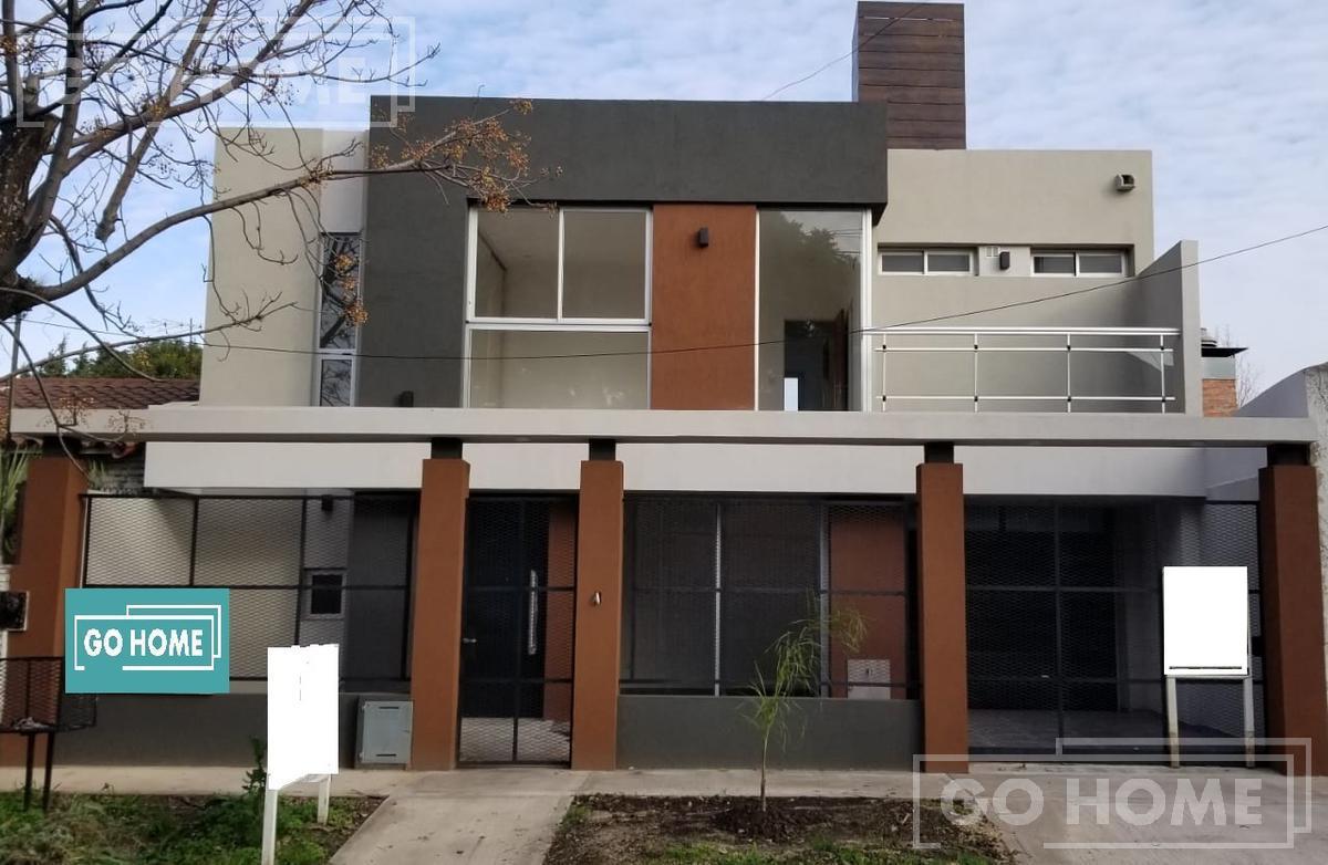 Foto Casa en Venta en  Ituzaingó ,  G.B.A. Zona Oeste  Otero al al 300