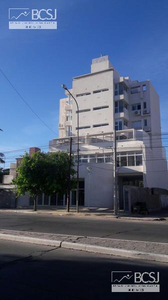 Foto Local en Alquiler en  Capital ,  San Juan  Ignacio de Roza  oeste al 800