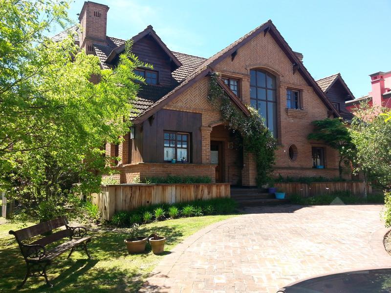 Foto Casa en Alquiler en  Los Castores,  Nordelta  Los Castores NORDELTA
