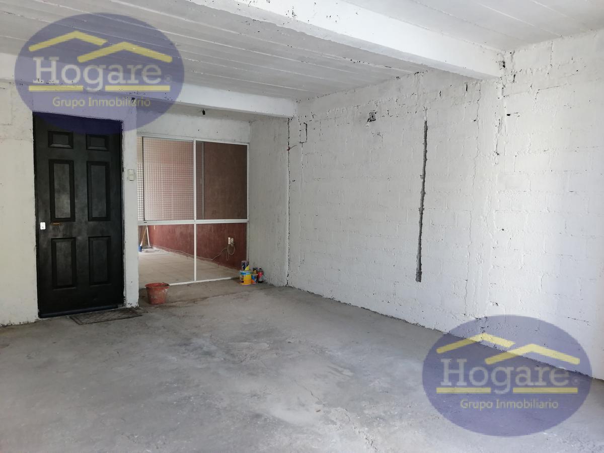APARTADA Casa en venta a 2 cuadras de Blvr Delta Fraccionamiento Mezquital 2000 León Gto.
