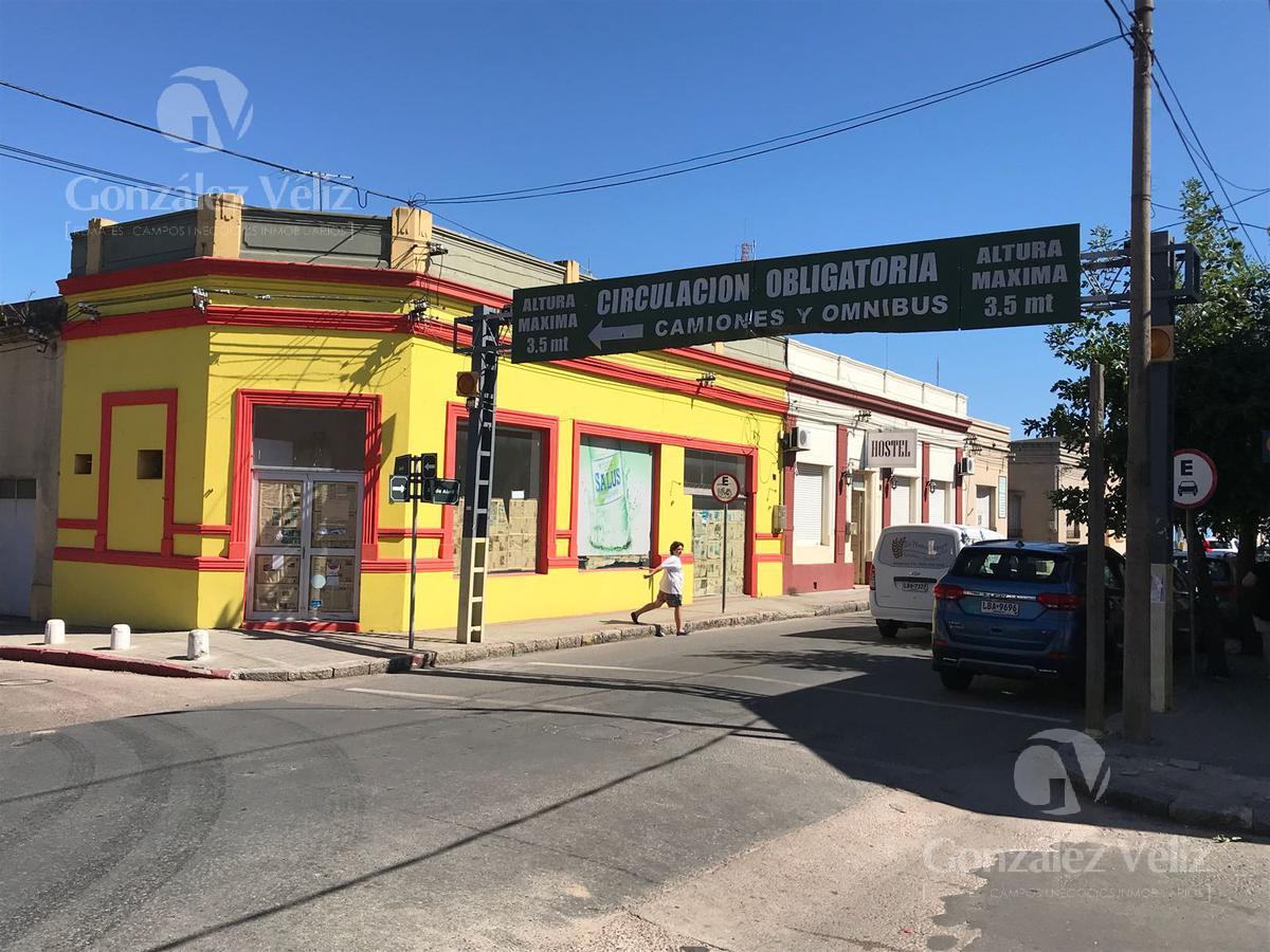 Foto Local en Alquiler en  Carmelo ,  Colonia  19 DE ABRIL ESQ. SOLIS