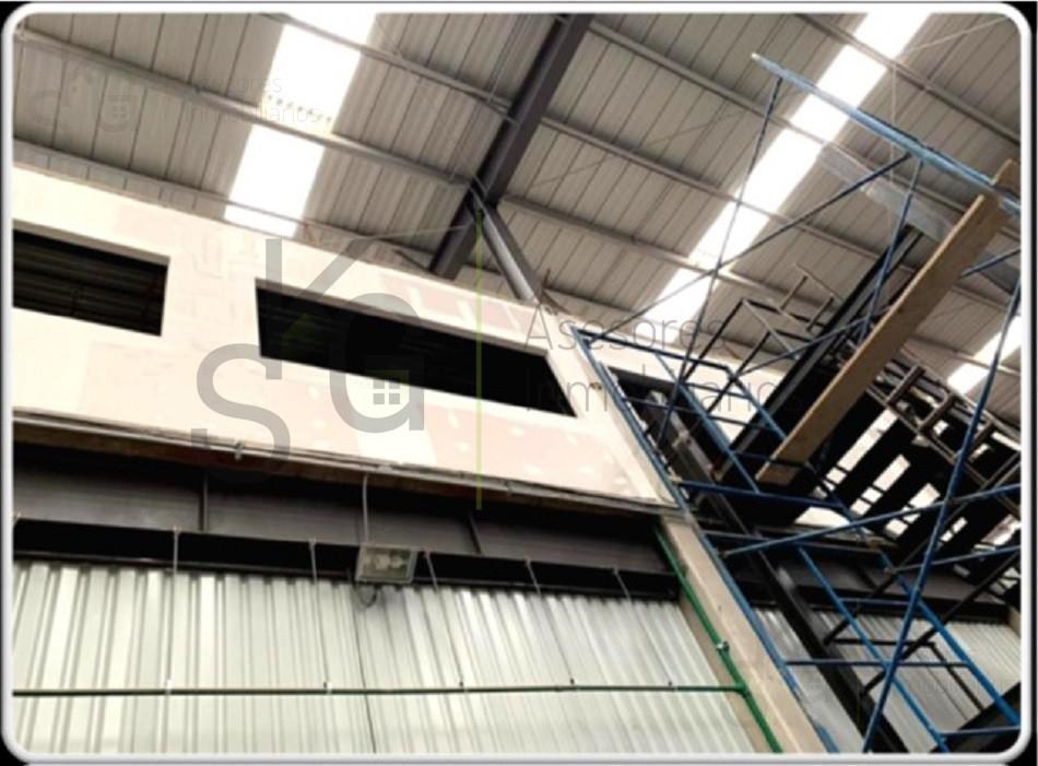 Foto Bodega Industrial en Renta en  Lomas de San Agustín,  Naucalpan de Juárez  SKG Asesores Inmobiliarios Renta  Bodega en Av. de las Torres, Lomas de San Agustin, Naucalpan, Estado de Mexico