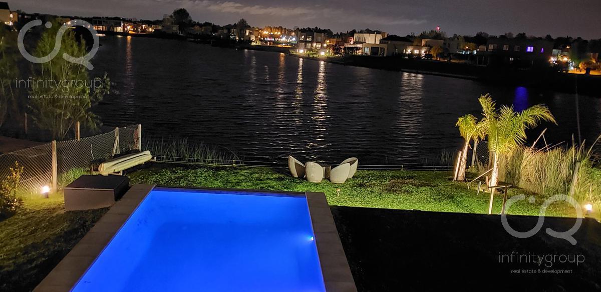Foto Casa en Venta en  El Canton - Norte,  Countries/B.Cerrado (Escobar)  Casa Al Lago - El Cantón
