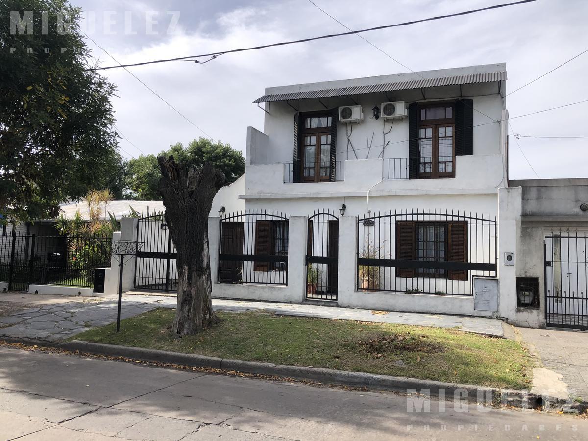 Foto Casa en Venta en  Temperley,  Lomas De Zamora  ANATOLE FRANCE 648