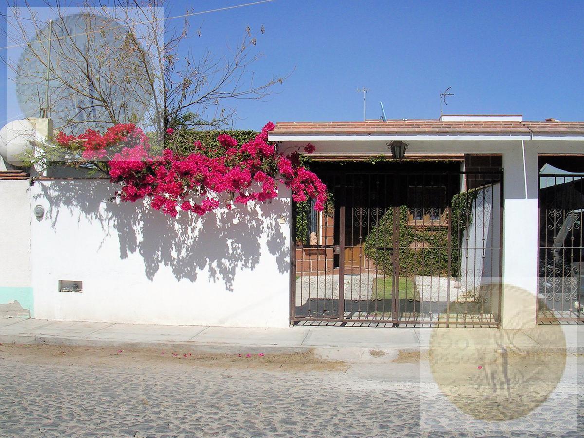 Foto Casa en Renta en  Santa Fe,  Tequisquiapan  Casa en una planta