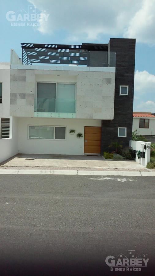 Foto Casa en condominio en Renta en  Fraccionamiento Cuadrilla Juriquilla,  Querétaro  Condesa De Juriquilla