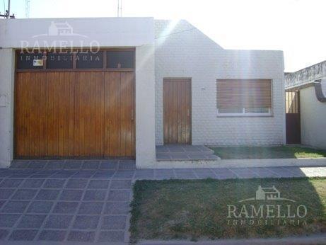 Foto Casa en Alquiler en  Rio Cuarto,  Rio Cuarto  Sobremonte al 2800