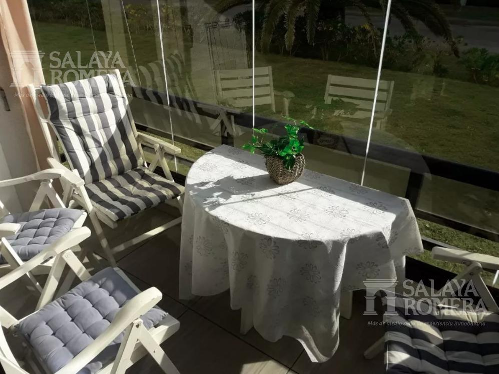 Foto Departamento en Alquiler temporario | Alquiler en  Punta del Este ,  Maldonado    Apartamento en Playa Brava, Parada 5