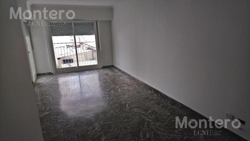 Foto Departamento en Venta en  Villa Luro ,  Capital Federal  Av Rivadavia al 10200