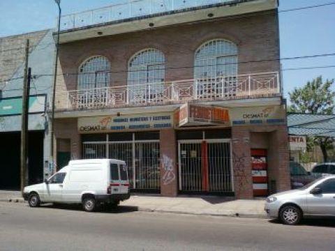 Foto Local en Venta en  Ituzaingó,  Ituzaingó  rivadavia