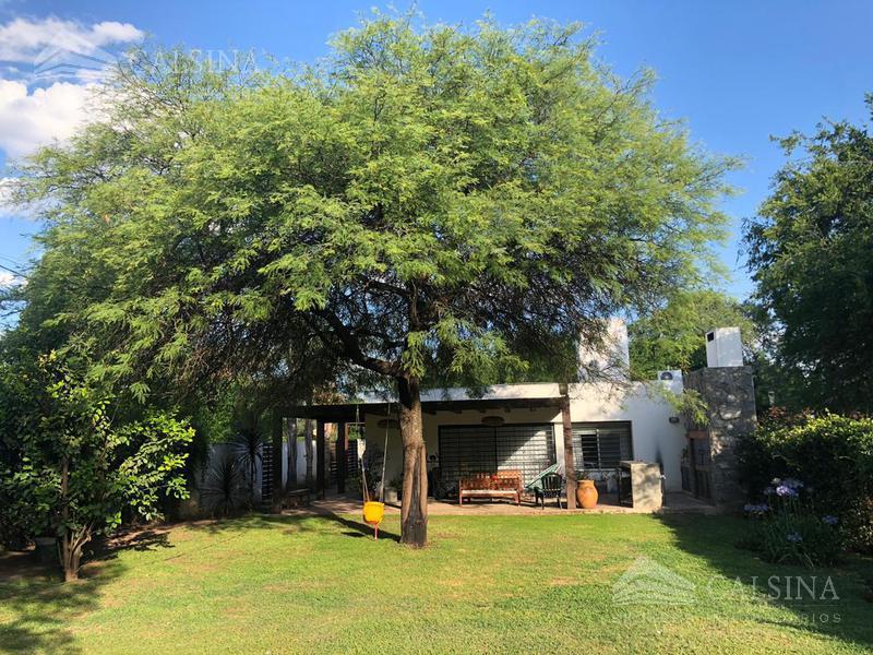 Foto Casa en Venta |  en  Villa Allende Golf,  Villa Allende  Alicante al 500