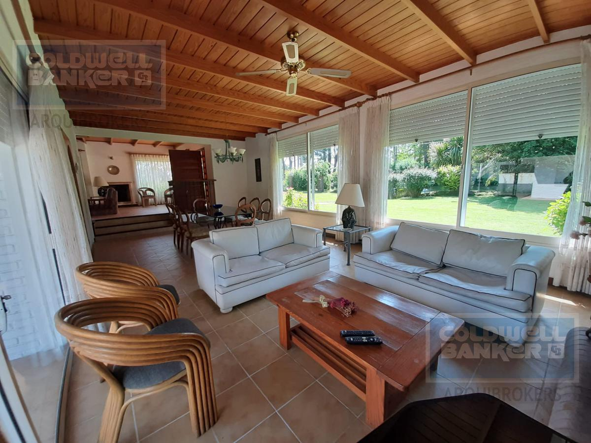 Foto Casa en Venta | Alquiler en  Playa Mansa,  Punta del Este  Casa de 3 dormitorios en venta y alquiler en La Mansa