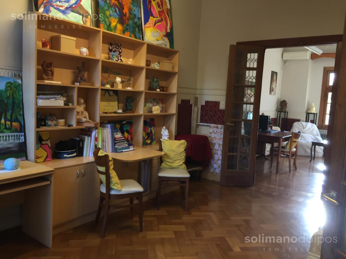 Foto Casa en Venta en  La Lucila-Vias/Maipu,  La Lucila  acassuso al 600