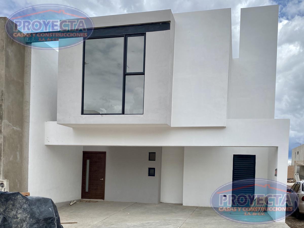 Foto Casa en Venta en  Lomas del Sahuatoba,  Durango  CASA EN FRACCIONAMIENTO PRIVADO POR SALIDA A MAZATLÁN