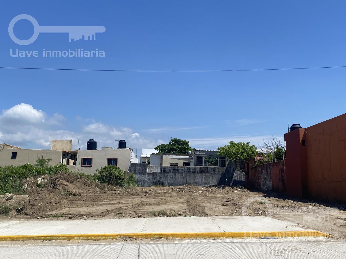 Foto Terreno en Venta en  Maria de La Piedad,  Coatzacoalcos  Terreno Residencial en Venta, Cuauhtemoc, Col. María de La Piedad