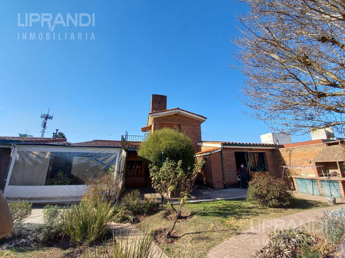 Foto Casa en Venta en  Cerro De Las Rosas,  Cordoba Capital  FERNANDO FADER 3700 -  PRODUCTO EXCLUSIVO -