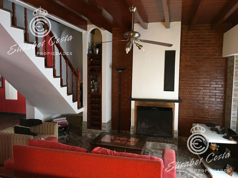 Foto Casa en Venta en  Lanús Este,  Lanús  Guarracino al 1400