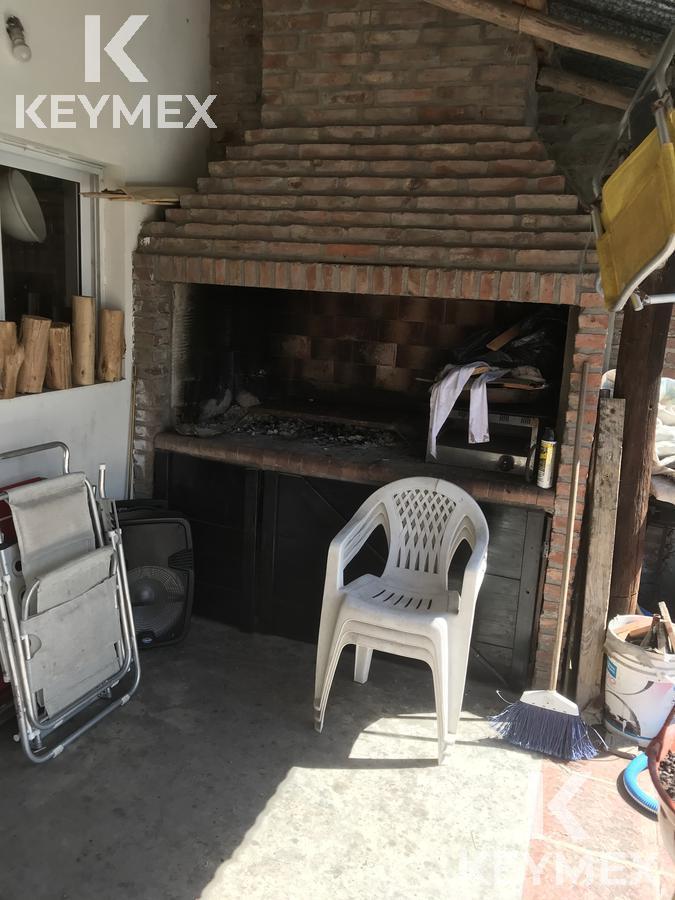 Foto Casa en Venta en  Villa Elvira,  La Plata  Calle 73 entre 9 y 10