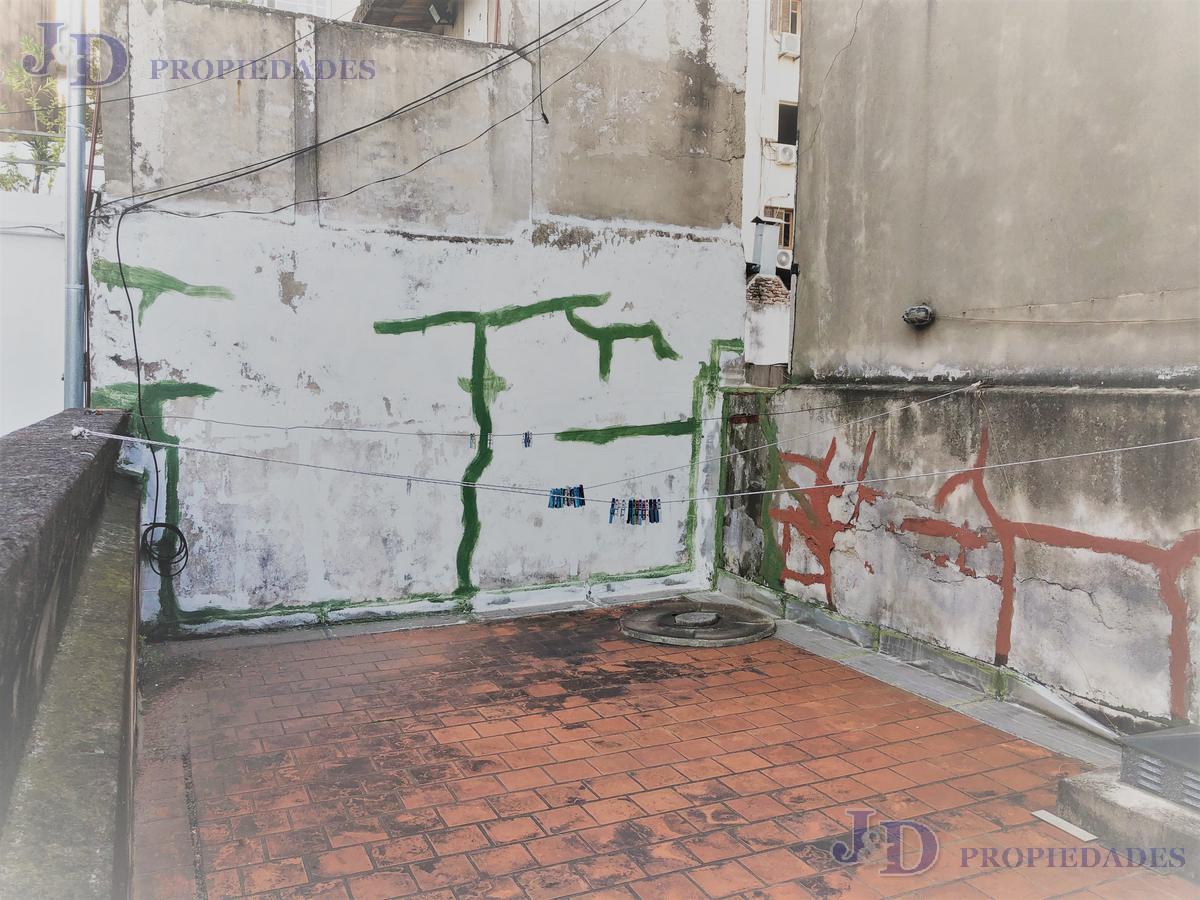 Foto PH en Venta en  Almagro ,  Capital Federal  Maza 0