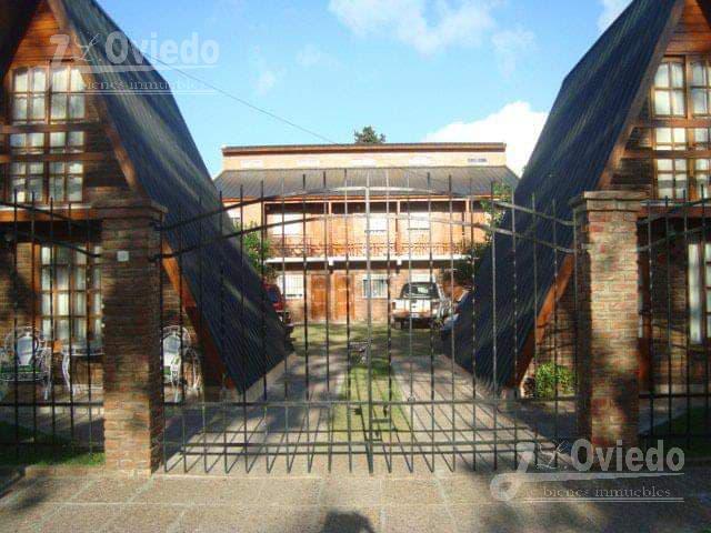 Foto Edificio Comercial en Venta en  Mar De Ajo ,  Costa Atlantica  Mitre al 900