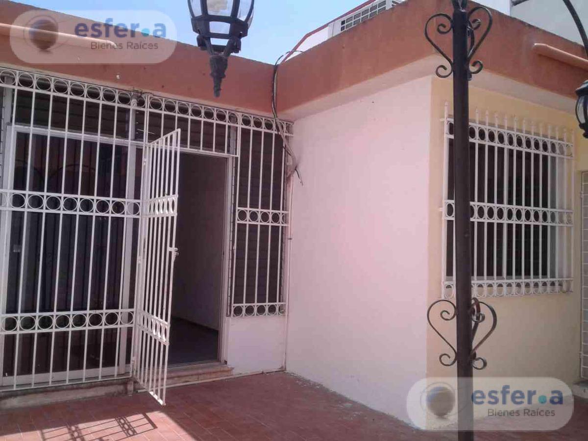 Foto Oficina en Venta en  Fraccionamiento Jardines de Pensiones,  Mérida  Casa en Venta 1 Planta Fracc. Residencial Pensiones