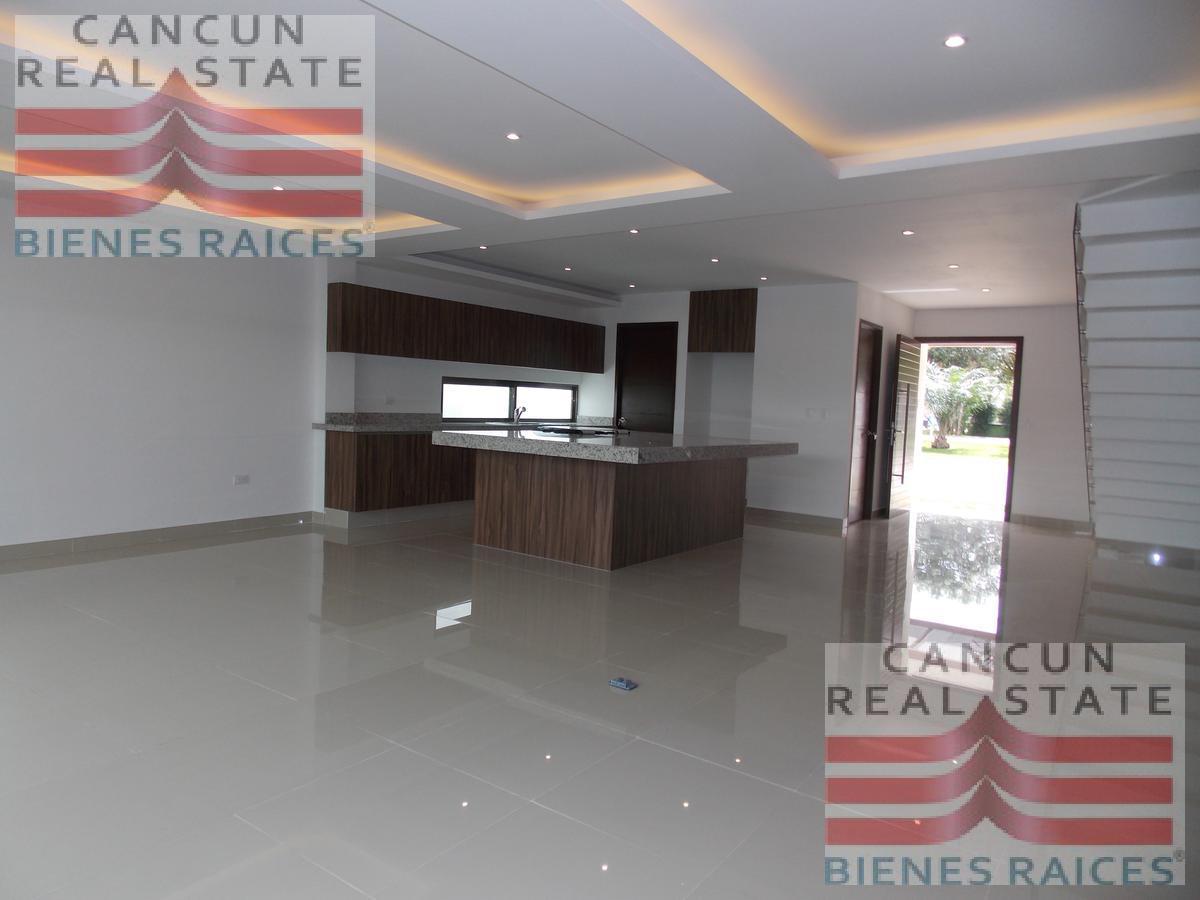 Foto Casa en Venta en  Aqua,  Cancún          Casa venta Cancun