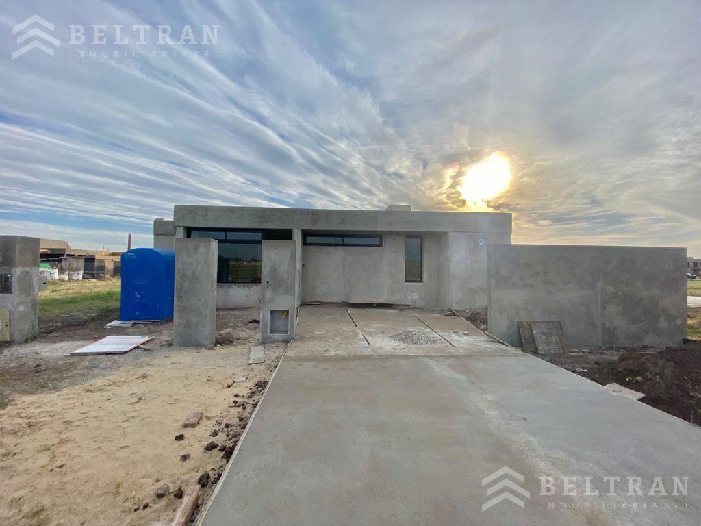 Foto Casa en Venta en  Don Mateo,  Funes  La Yerra al 3100. Don Mateo. Funes. A estrenar