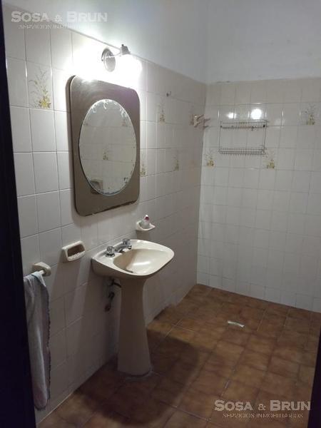 Foto Casa en Venta en  Yapeyu,  Cordoba  Vendo Casa 3 dormitorios Barrio Yapeyu