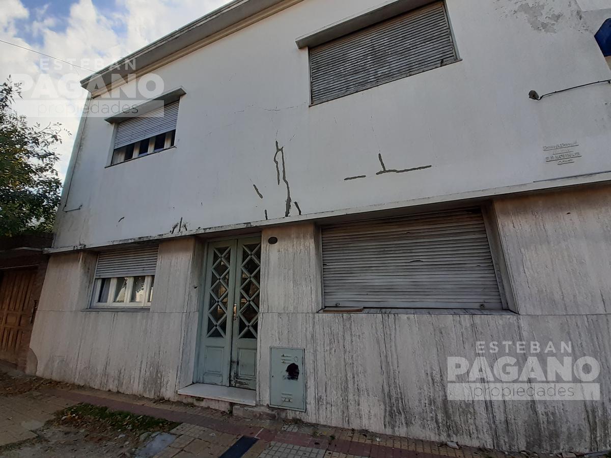 Foto PH en Venta en  La Plata ,  G.B.A. Zona Sur  42 N°515  E/N 5 Y 6