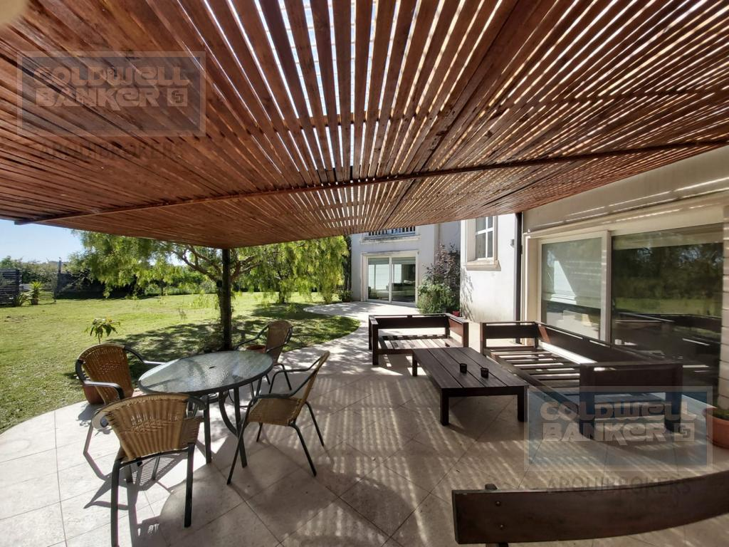 Foto Casa en Alquiler en   Cumbres de Carrasco,  Countries/B.Cerrado (Carrasco)  Casa de 5 dormitorios venta y alquiler Cumbres de Carrasco
