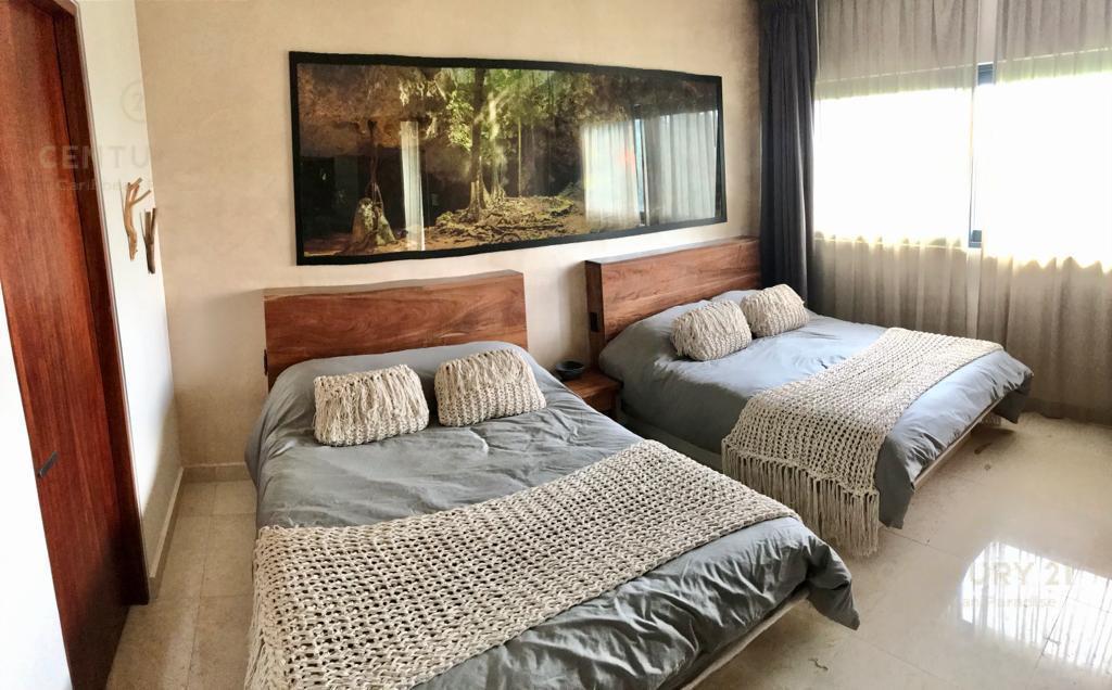 Playa del Carmen Apartment for Sale scene image 14