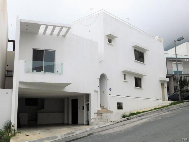 Foto Casa en Venta |  en  Lomas del Vergel,  Monterrey  Casa en venta en Monterrey, Zona Sur, Lomas del Vergel