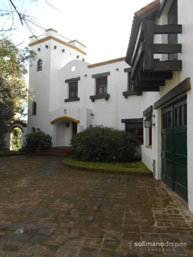 Foto Casa en Alquiler en  San Isidro Chico,  Countries/B.Cerrado  Los Robles al 800