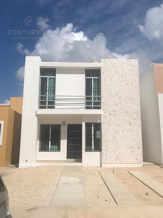Foto Casa en Renta en  Playa del Carmen ,  Quintana Roo    Se RENTA CASA en Marsella 2 recamaras privada con alberca Playa del Carmen P3054