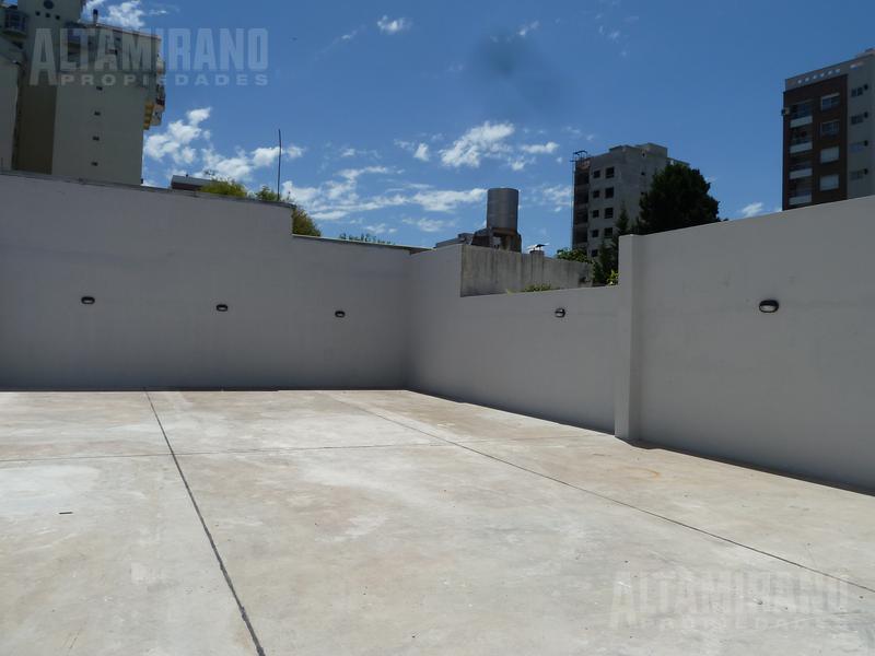 Foto Departamento en Venta en  Villa Ballester,  General San Martin  Intendente Witcomb al 2500 entre Avenida Argentina y Alberdi