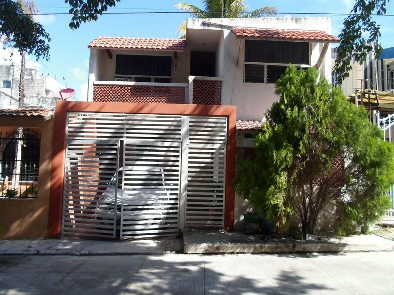 Foto Casa en Venta en  Región 91,  Cancún  Se Vende Casa en Cancún en Fracc Tumben Cuxtal
