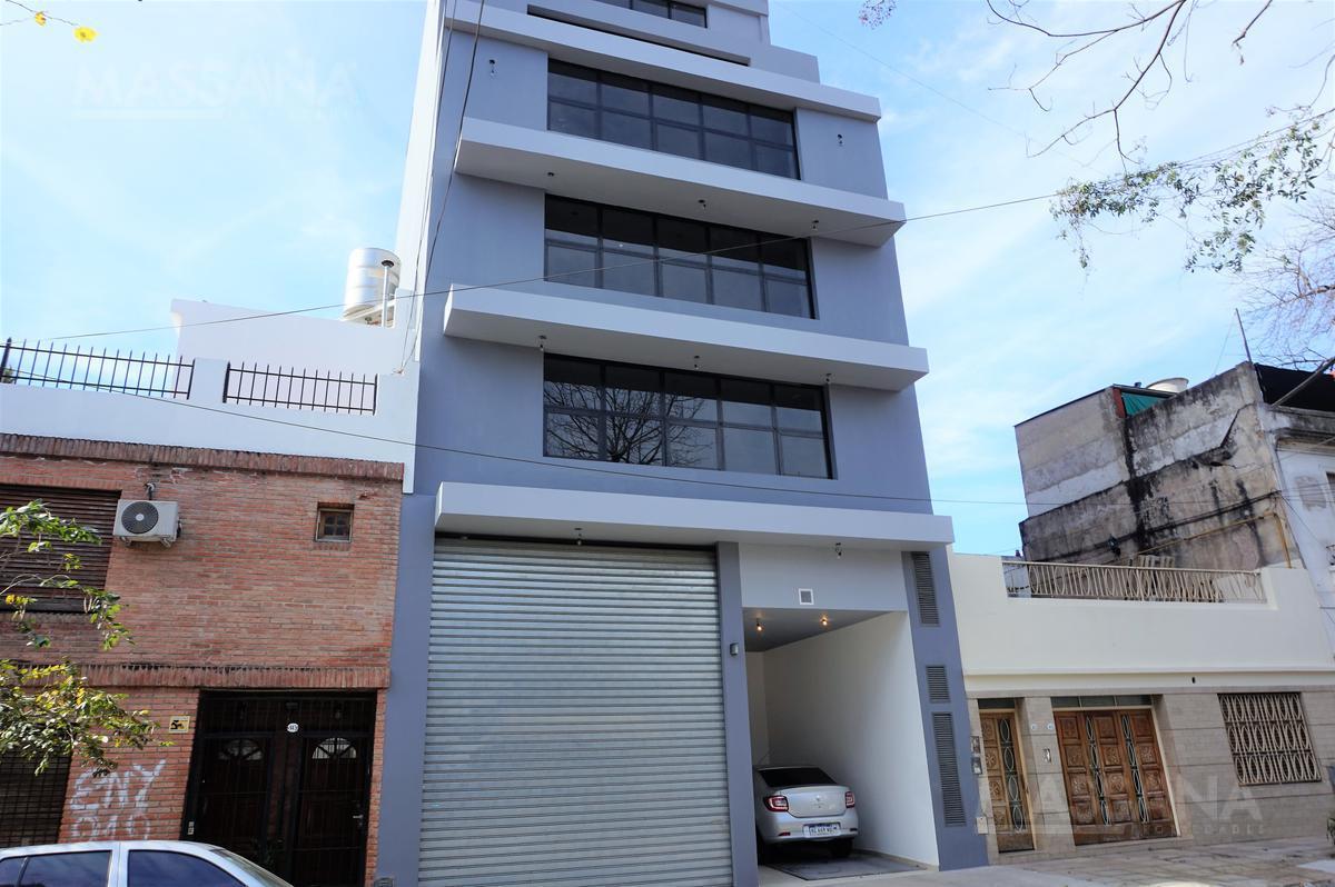 Foto Edificio Comercial en Alquiler en  Flores ,  Capital Federal  CONDARCO al 900