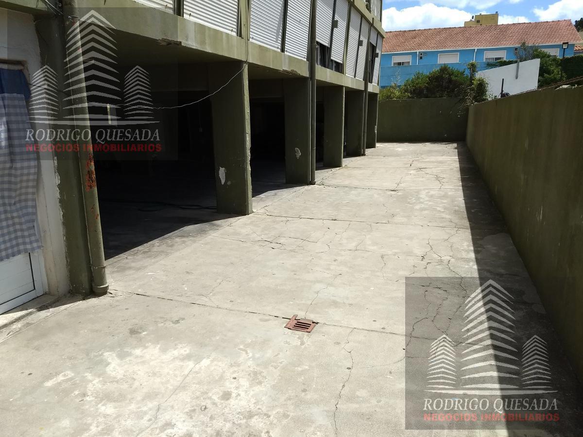 Foto Cochera en Venta en  San Bernardo Del Tuyu ,  Costa Atlantica  Cochera semi cubierta a 200 metros del mar !!!