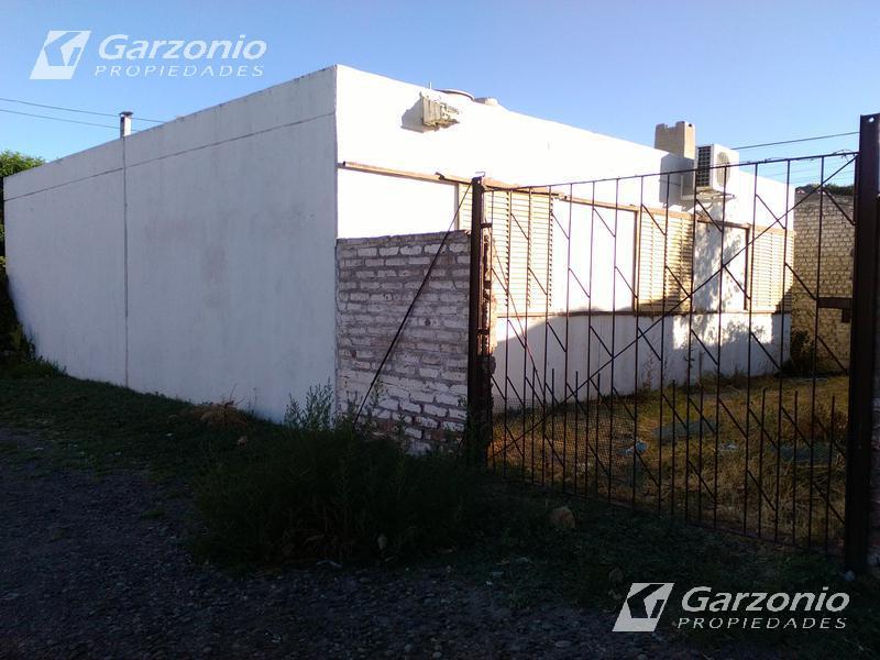 Foto Casa en Venta en  Trelew ,  Chubut  B° Comercio